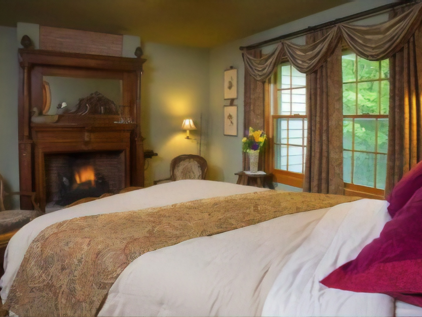 A bedroom with a large bed in a hotel room at Hidden Serenity Bed & Breakfast.