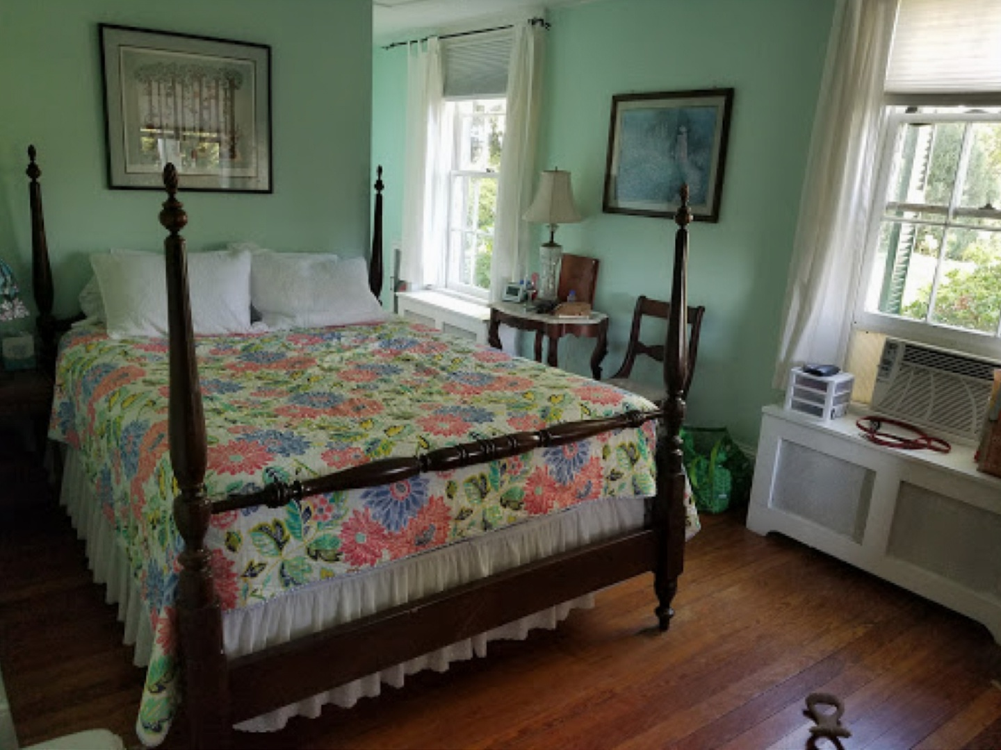 A bedroom with a bed in a room at Briar Patch Bed & Breakfast Inn.