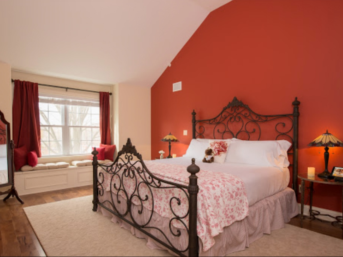 A bedroom with a large bed in a room at Caldwell House Bed & Breakfast.