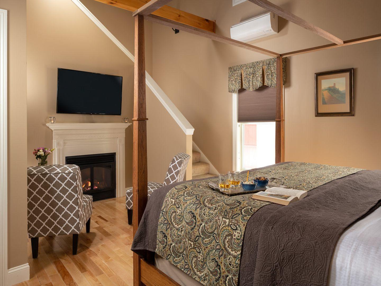 Stonington, ME 04681, USA Bed and Breakfast