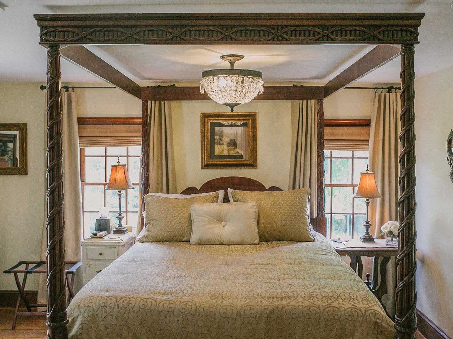 A bedroom with a large bed in a room at Airwell Bed and Breakfast.
