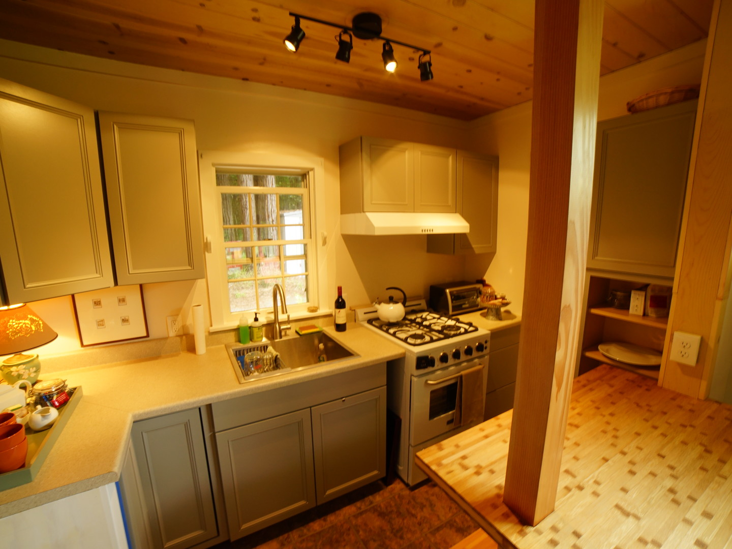 A view of a kitchen at Mendocino Farmhouse.