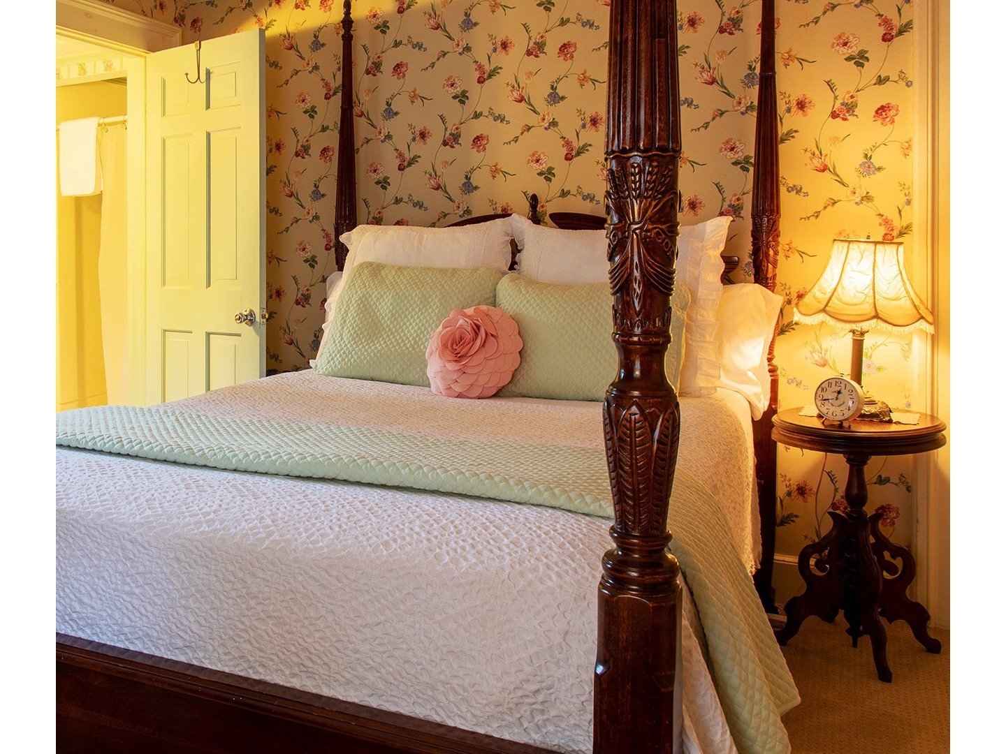 A bedroom with a large bed in a room at Westbrook Inn Bed & Breakfast.