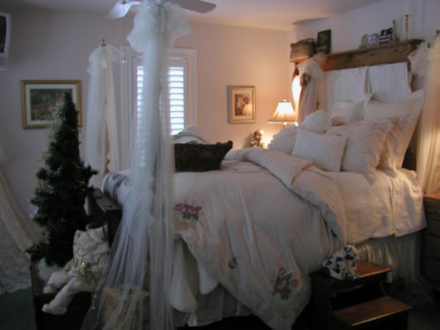 A bedroom with a bed and looking at the camera at Canterbury Chateau Bed & Breakfast.