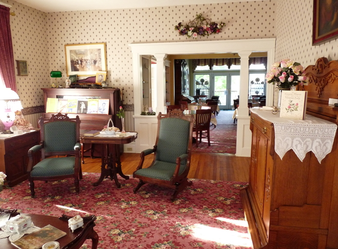 Come and enjoy our warm hospitality! Innkeeper Photo