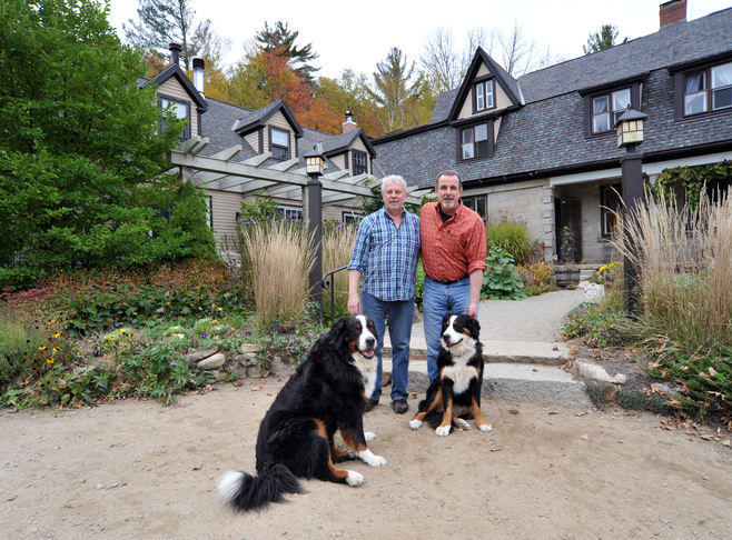 Notchland Innkeepers Les & Ed