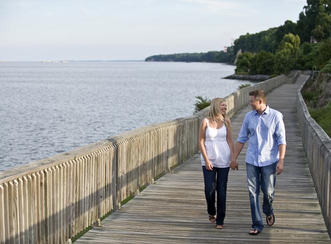 Couples only retreat Chesapeake Beach Art House BNB