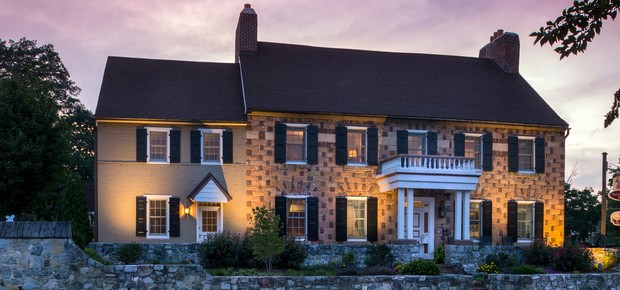 Historic Smithton Inn Bed & Breakfast