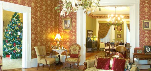 Azalea Manor Bed & Breakfast