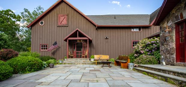 Saint Hubert's Lodge & Club