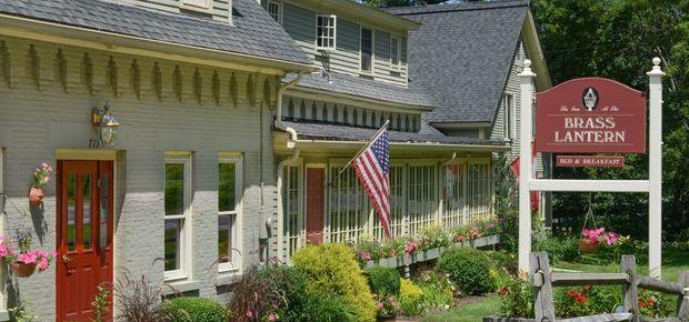 Brass Lantern Inn - Stowe Vermont