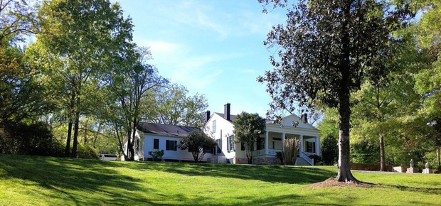 Collina Plantation Inn