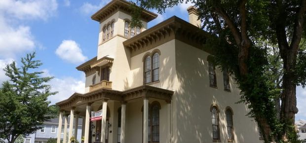 The Pepin Mansion Historic Bed and Breakfast