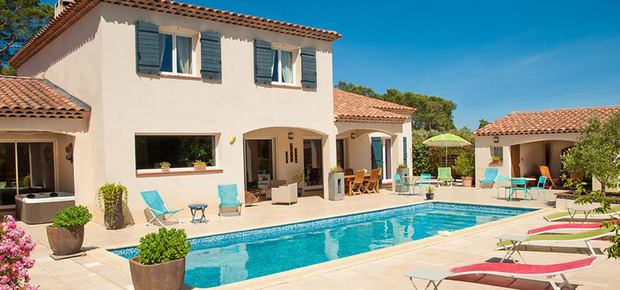 83510 Lorgues, France Bed and Breakfast