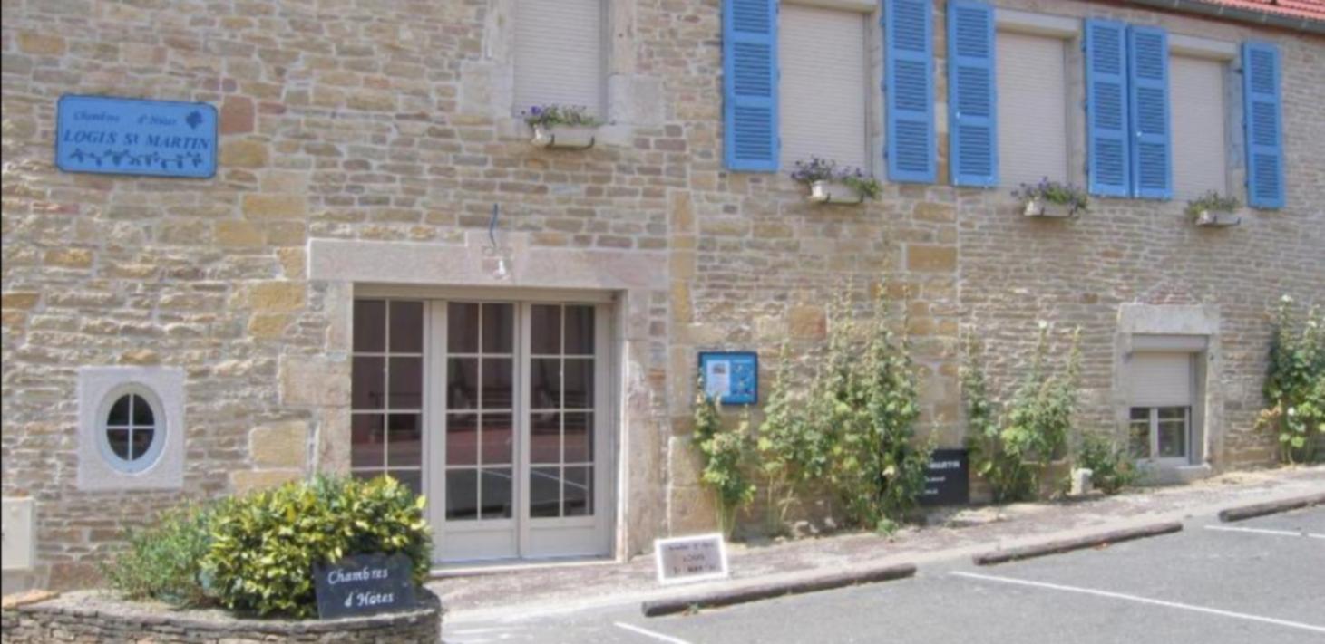 A brick building at Logis Saint Martin.