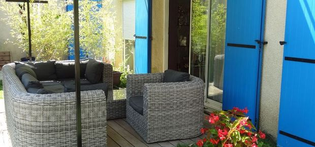 30700 Blauzac, France Bed and Breakfast