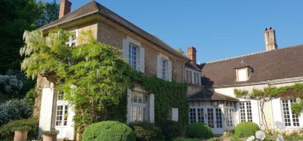 18300 Sancerre, France Bed and Breakfast