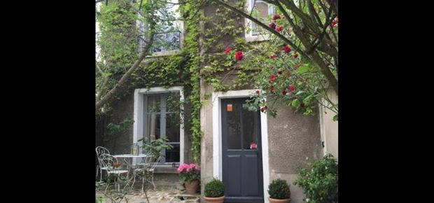 Paris, France Bed and Breakfast