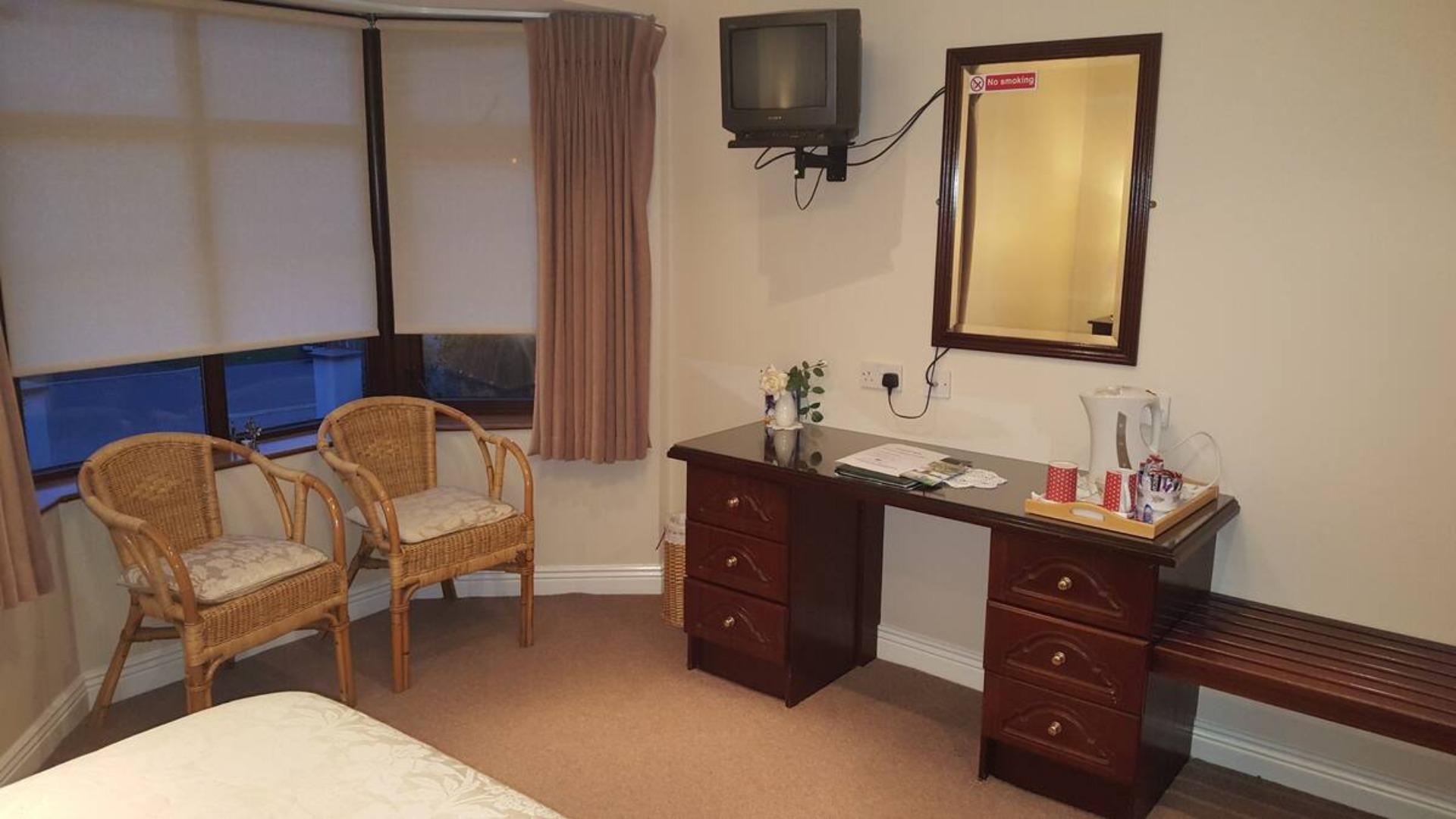 A hotel room at Cnoc Mhuire B&B.