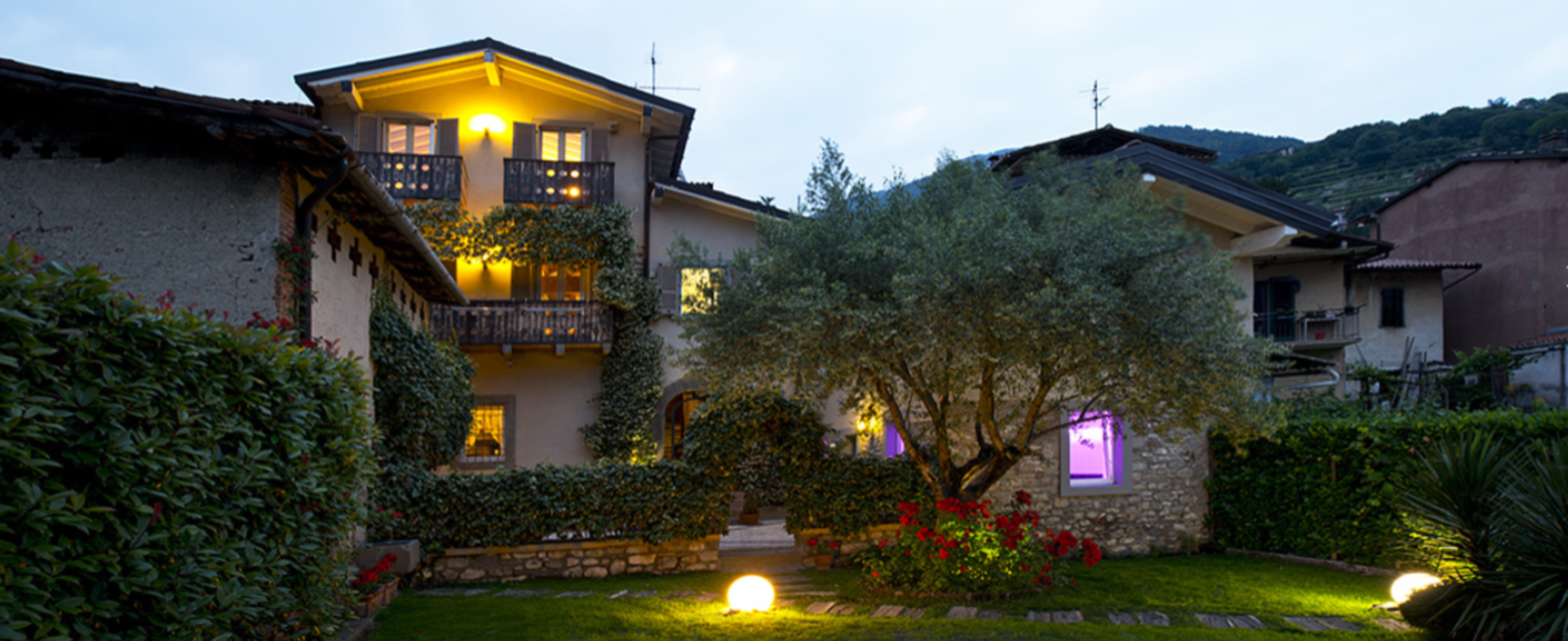 A view of a house at Bed and Breakfast Casa Del Nonno.