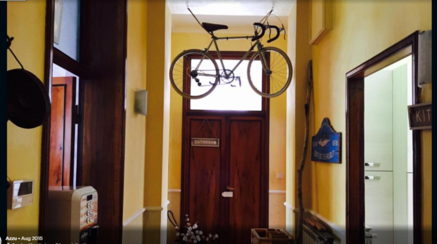 A close up of a door at La casa del Viaggiatore.