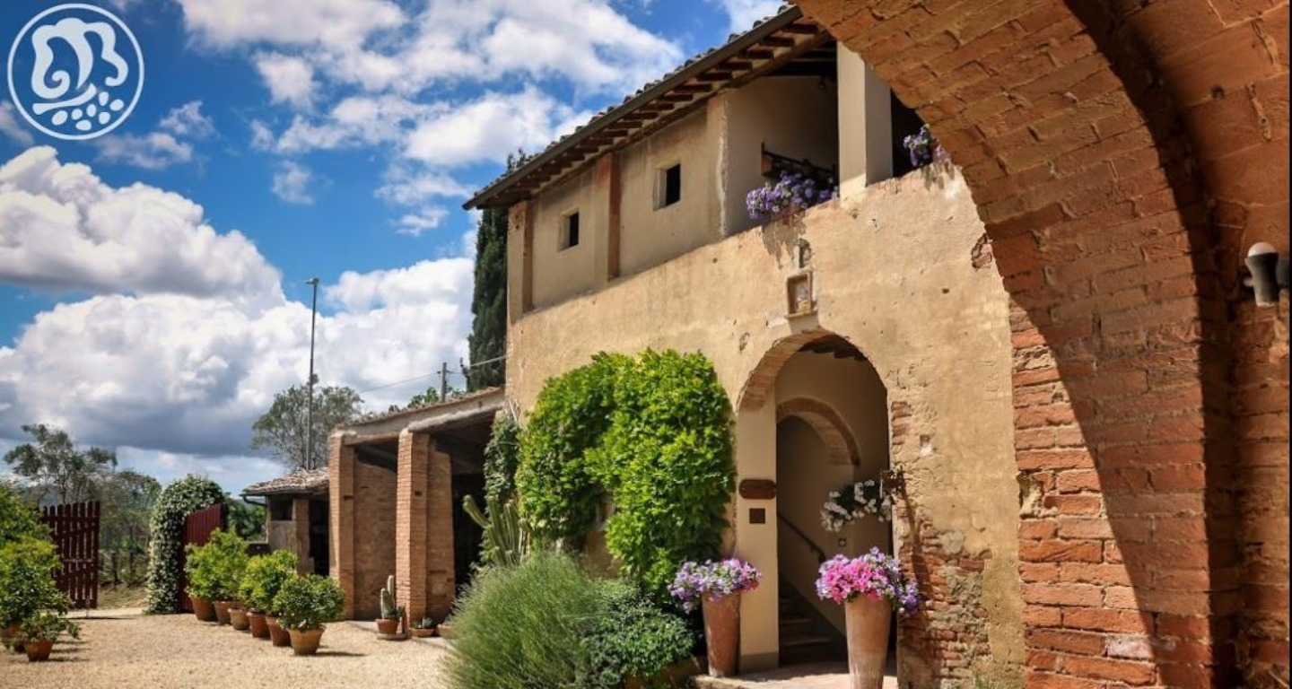 A large brick building at Agriturismo Marciano.