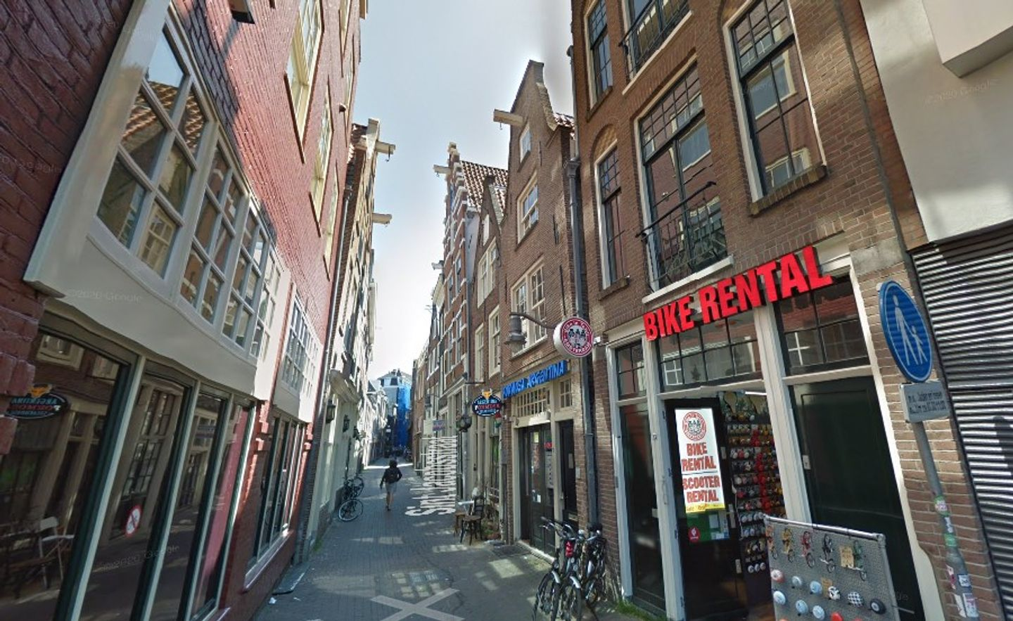 A close up of a busy city street at Amsterdam Bed and Breakfast City Center.
