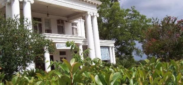 Bullis House Inn