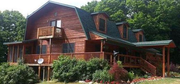 Torch Lake Country Inn B&B