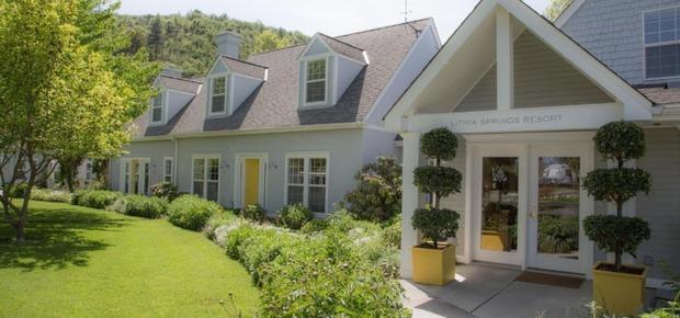 Lithia Springs Resort and Wine Garden