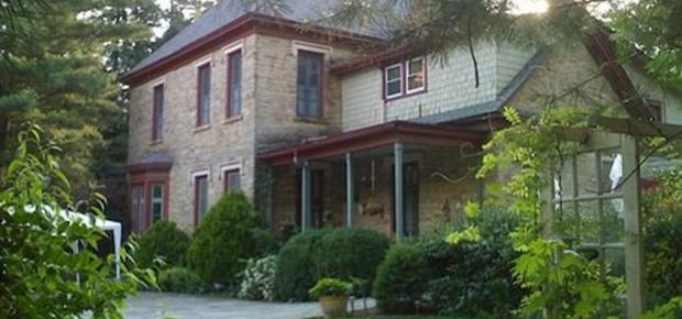 1847 Blake House Inn Bed & Breakfast
