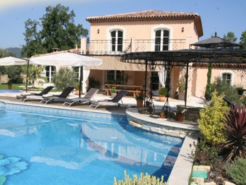 A person in a pool at La Roque en Provence.