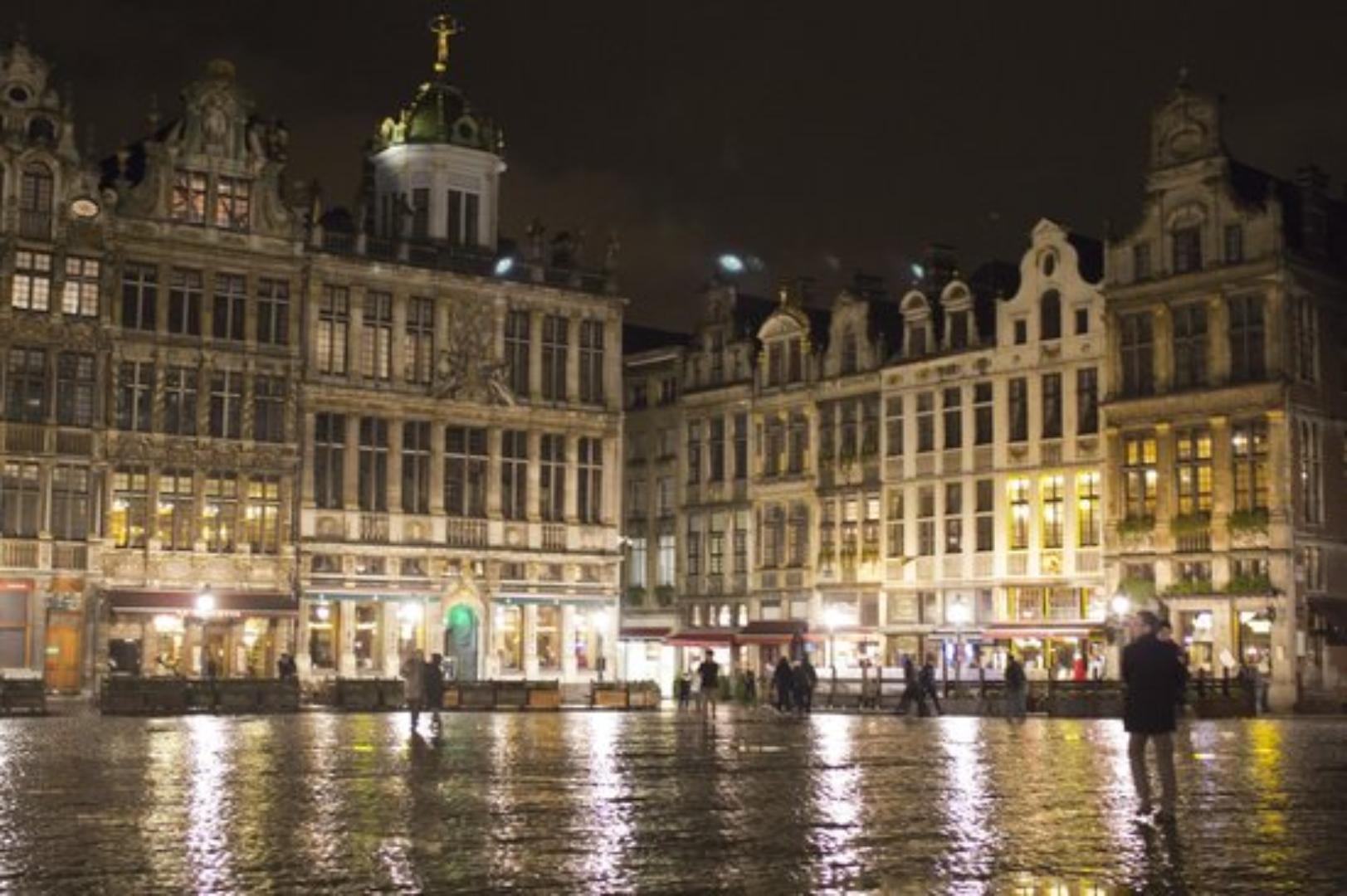 A river running through a city at Brussels@Heart.