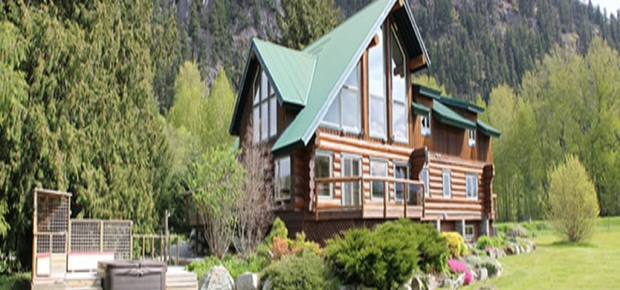 Lillooet River Lodge B&B
