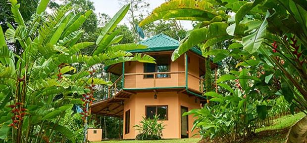 Manoas Luxury Camping & Villa Rentals