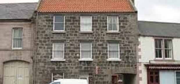 Cara House