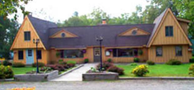 Adirondack Country Inn