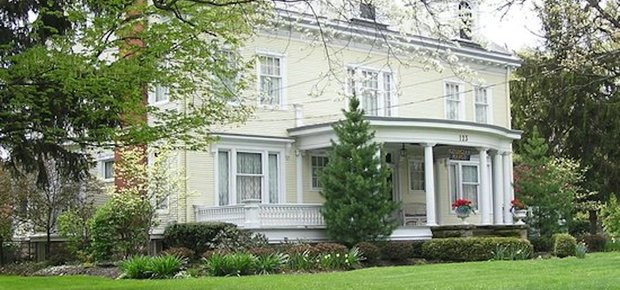 Georgian Manor Inn - B&B