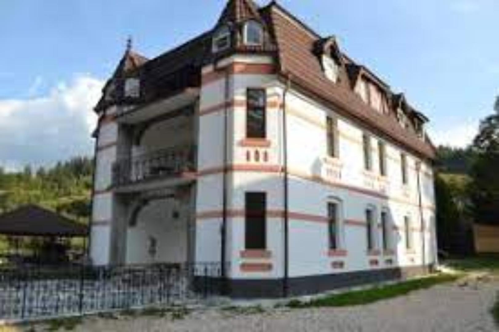 A large brick building at Castle Gate Guest House.