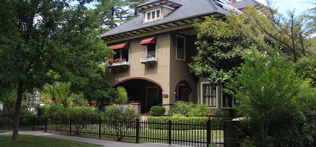Goodman House Bed & Breakfast